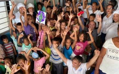 Visita Sorpresa a la Fundación Corazoncito Feliz en Colombia
